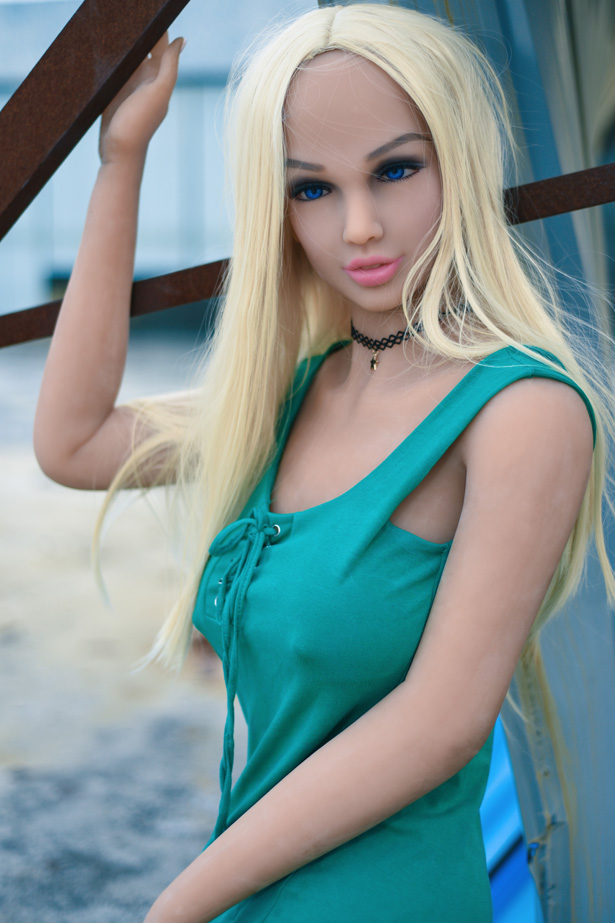 Surrealen Sexlöchern Puppen Amrei