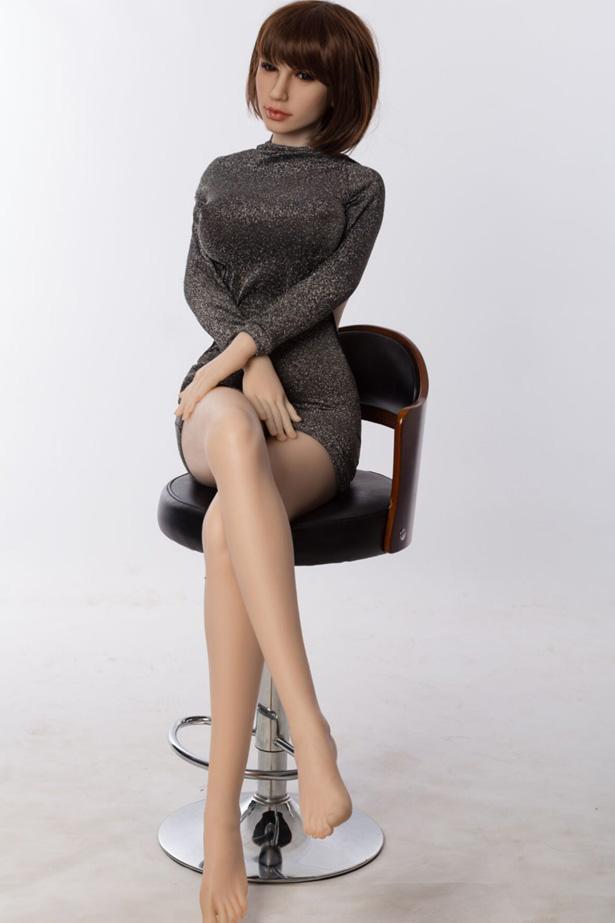 Elfriede Silikon Liebespuppe Kurven sexy