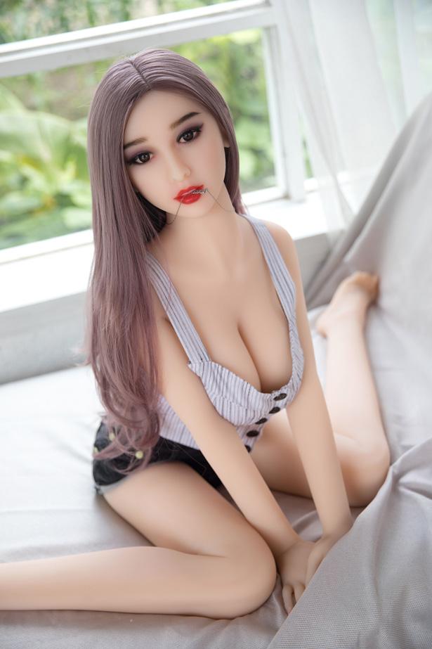 Japanische Mädchen Liebespuppe Cornelia