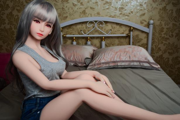Eingebautes Metallskelett WM Doll Lindis