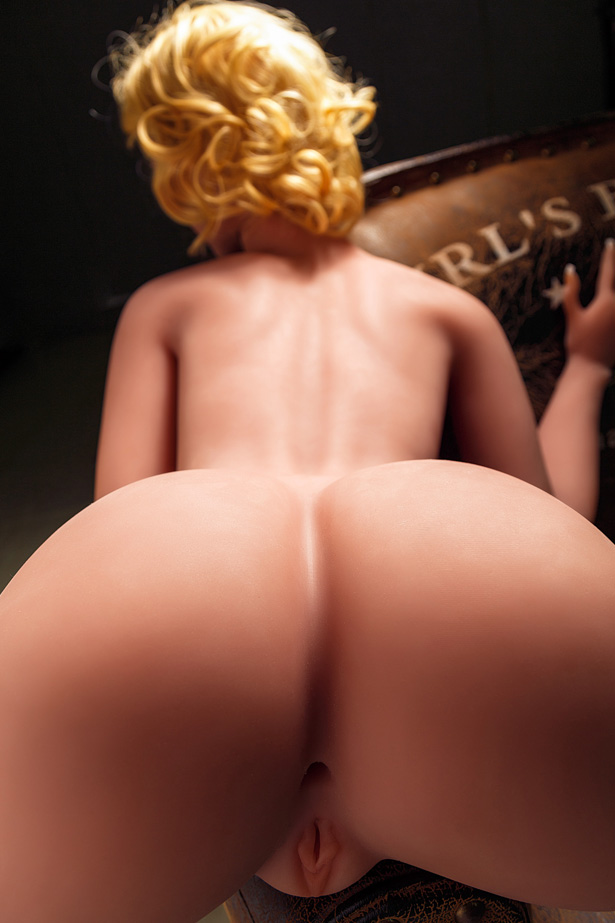 Große Brüste Halbkörperpuppe Raute
