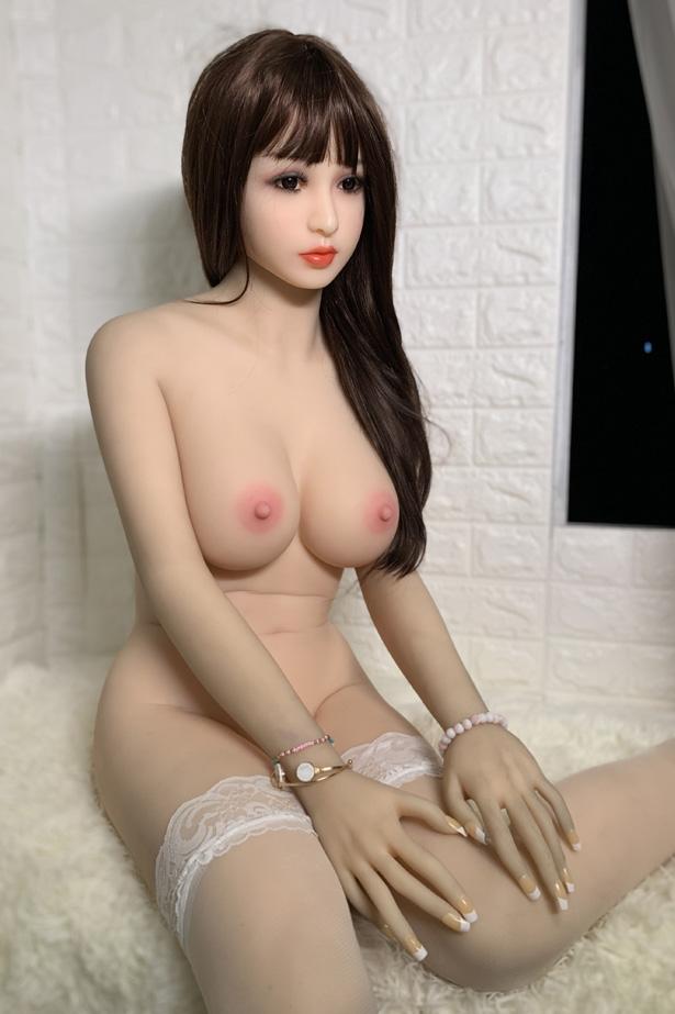Atemberaubende Sex Puppe Atarah