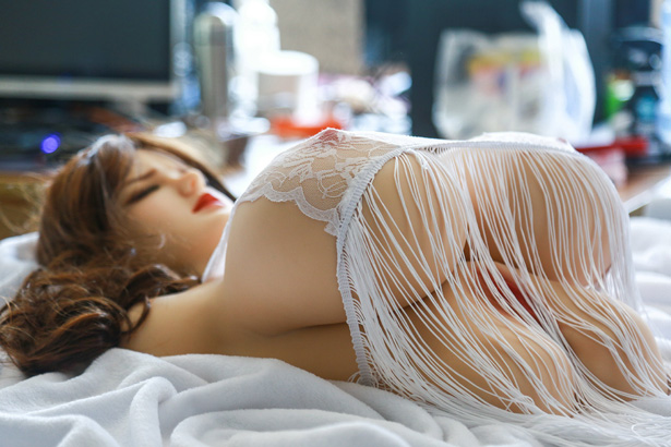Brust Sex Torso Sexpuppe Winnie