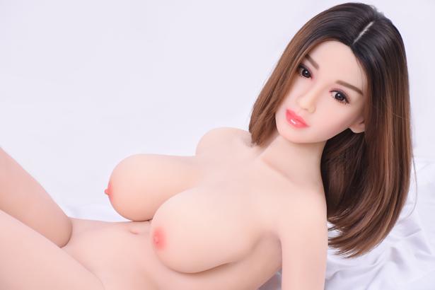 Großer Brust Liebespuppe Clara