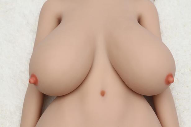 Saftige riesige Titten Sexpuppe