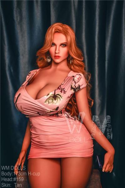 Bilder der Königin der Sexpuppen mit perfekter Körper-Ragna