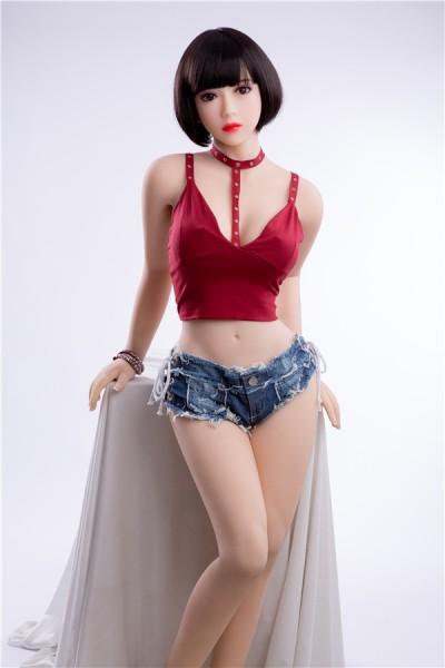 Hortensia-156cm Liebespuppe trägt ein rotes sexy Top