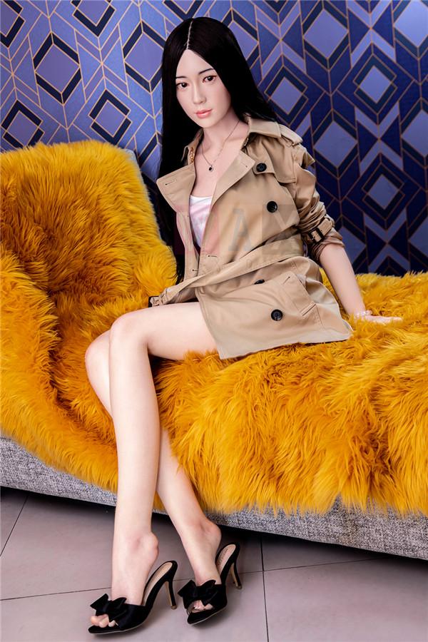Silikonpuppen 165cm Schwarzes Lghaariges Chinesisches Mädchen