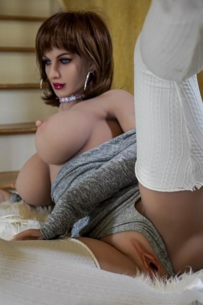 174cm Sexpuppe Braunes Schalhaar und große Brüste