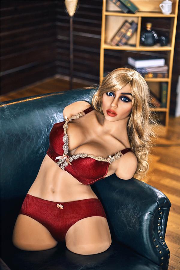 Halblange Puppe mit langen Haaren Zenobia
