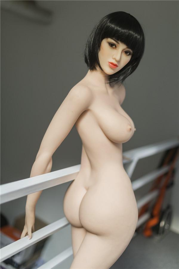 Big boobs Sexpuppe