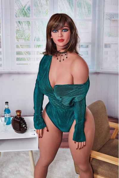 Heliane-Online Porno Vollbusige Mollige Sexpuppe