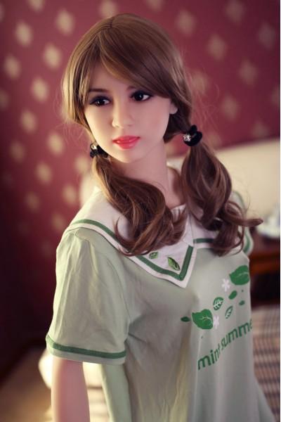 Teresa-Besten WM-Doll auf dem Markt
