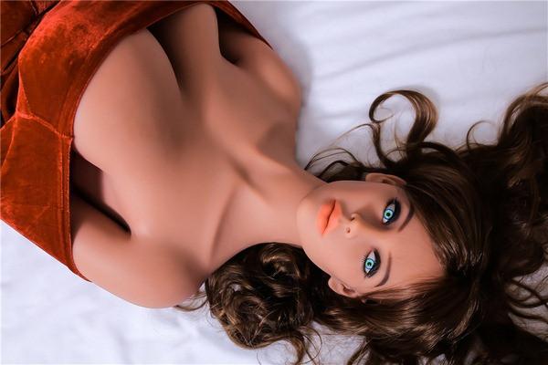 Kleine Titten Sex puppe