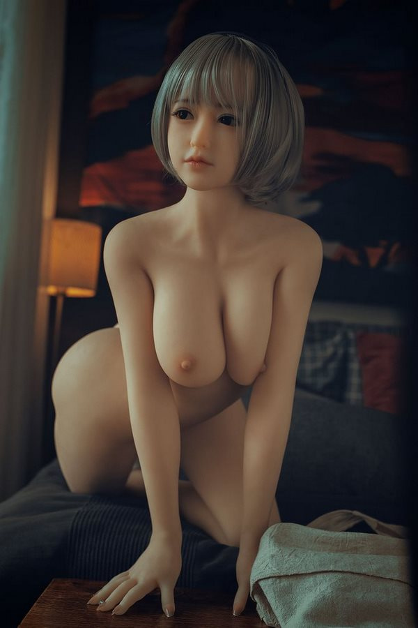 realistische Silikon Sexpuppe