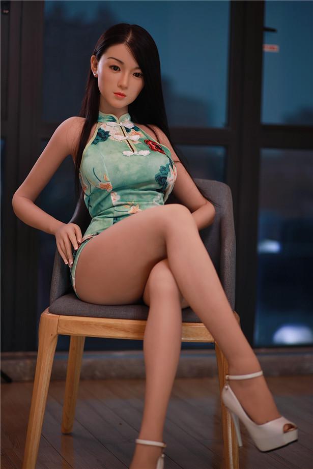 Liebes Puppenpornos Cleopatra mit frauen die eine ficken