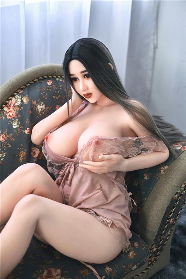 Sexy Sexpuppe Adah