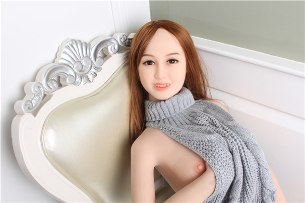 Simone real doll sex puppe gefickt